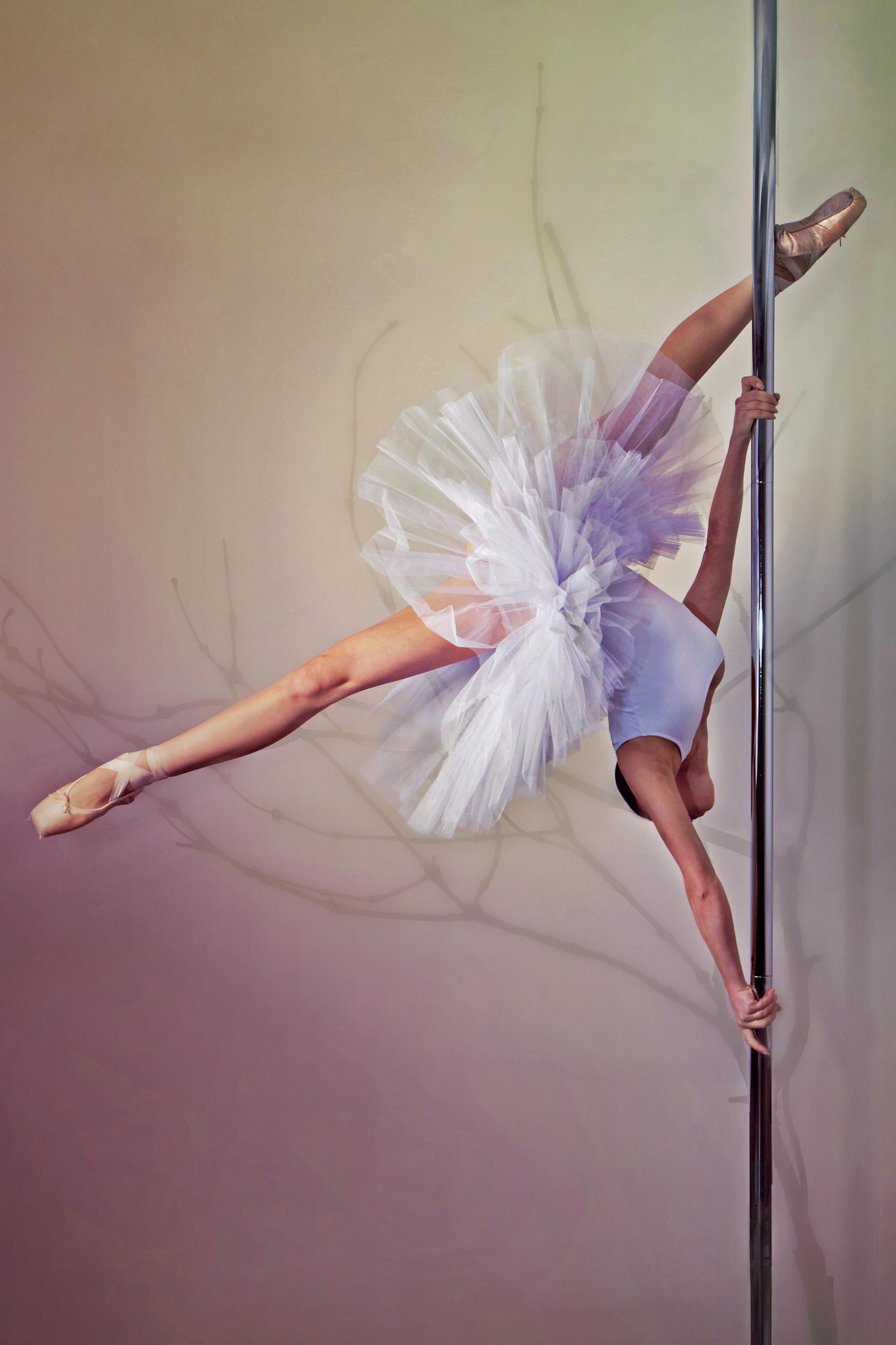 Танцовщица в чешках 9 фотография